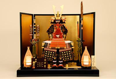 五月人形 K-410 京鎧平飾り 朱赤糸縅之兜